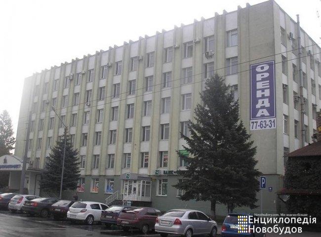 БЦ, Луцьк, Грушевського